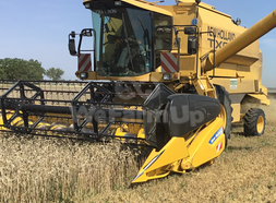 PrestationMoissonneuse-batteuse NEW HOLLAND tx 64+ 0