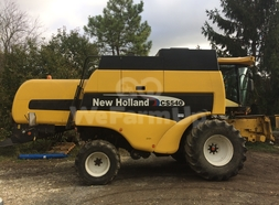 Moissonneuse-batteuse NEW HOLLAND CS540 0
