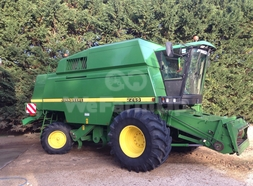 Moissonneuse Batteuse John Deere 2264 0