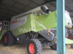 Moissonneuse-batteuse Claas 530 montana 0