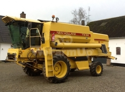 Moissonneuse-batteuse New Holland TX 34 56,25 €
