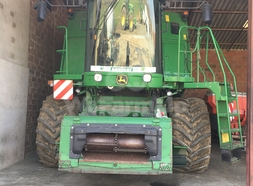 Moissonneuse-batteuse JOHN DEERE S560 96,25 €
