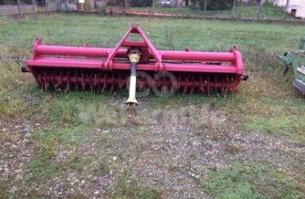 Location rototiller kuhn 160 €