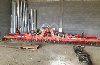 Location  Herse rotative MASCHIO Rapido 8m 420 €