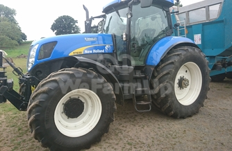 Location Tracteur agricole New Holland  T 7030 220 €