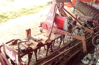 Location Herse rotative Lely 310-32 180 €
