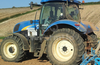 Tracteur agricole New Holland t 6030 16,25€