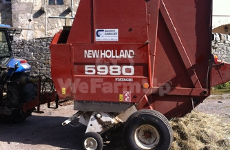 Location Presse à balle ronde new holland 5980 500 €