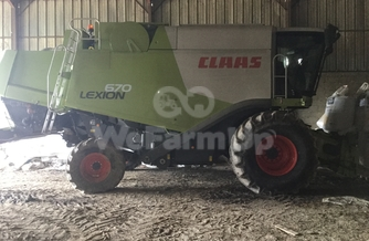 Location Moissonneuse-batteuse Claas 990 €
