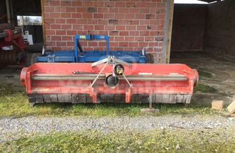 Location  Broyeur à axe horizontal KUHN PM320 190 €