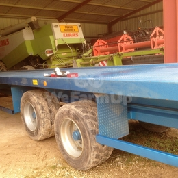 Plateau fourrager robust 12m 100 €