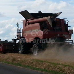 Moissonneuse-batteuse CASE IH  5088 760 €
