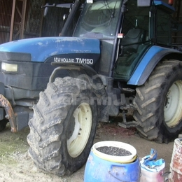 Tracteur agricole NEW HOLLAND tm150 130 €
