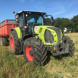 Tracteur agricole CLAAS ARION 660 240€
