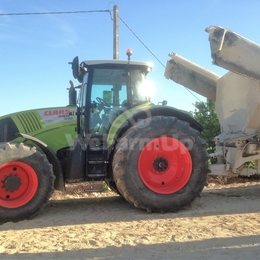 Tracteur agricole class axion 840 250€