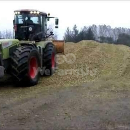 Tracteur agricole CLAAS XERION 3800 0