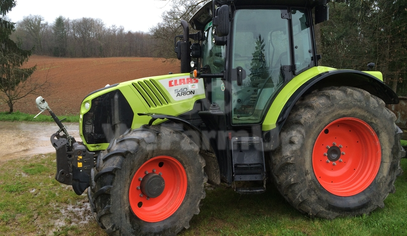 Tracteur agricole CLAAS ARION 540 170€