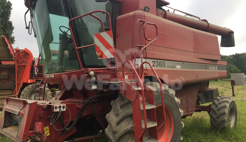 Moissonneuse-batteuse case ih 2365 416 €